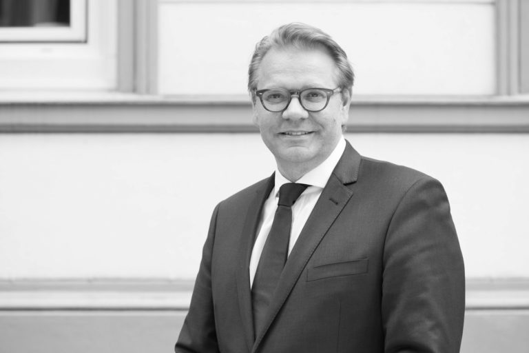 Henning Peters